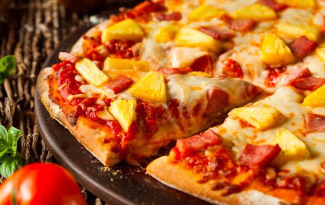 Pizza s ananásom