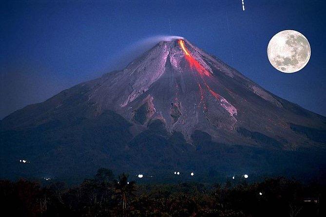 sopka Mount Merapi