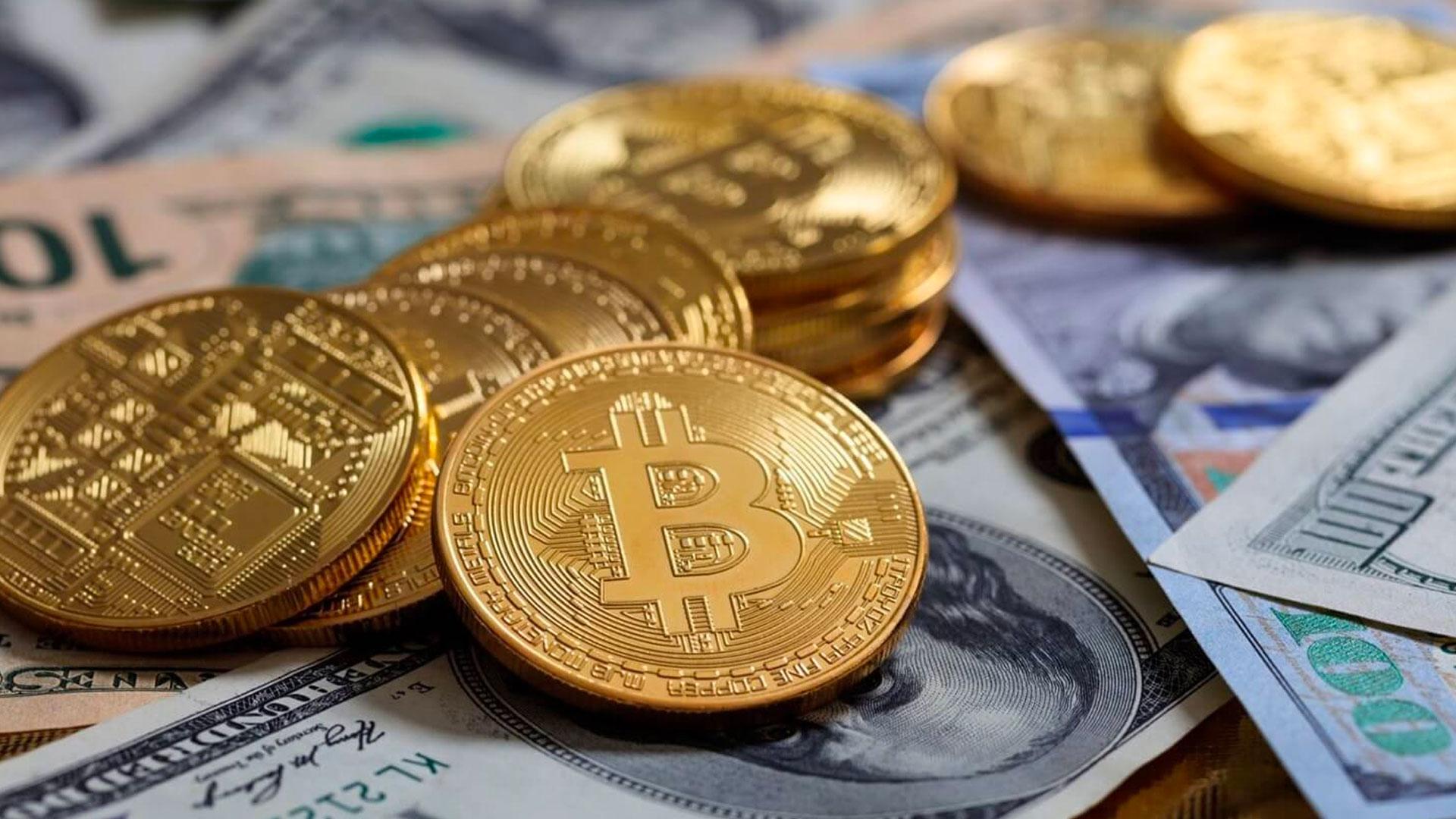 Bitcoin a peniaze