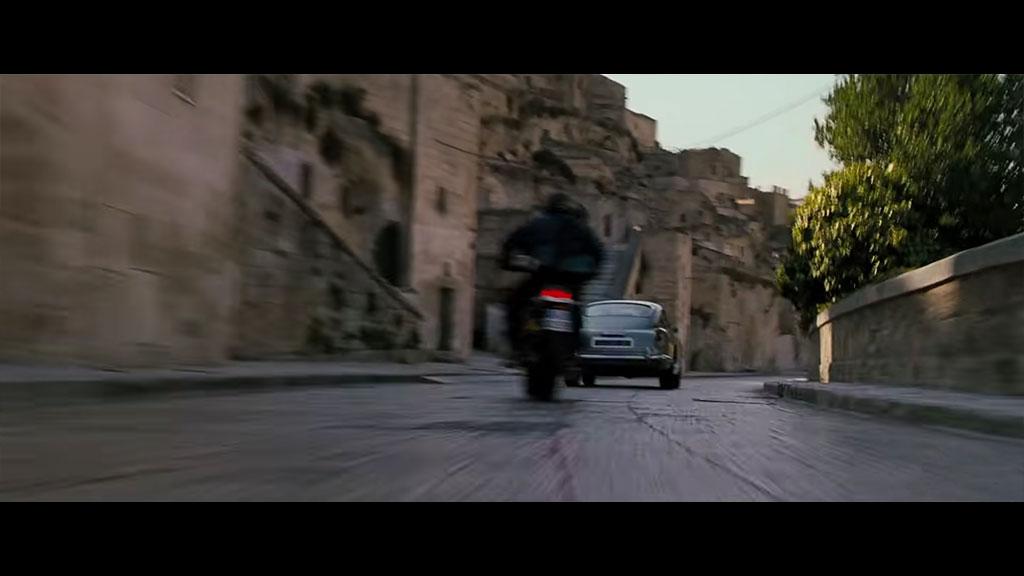 James Bond - location via Madonna delle Virtu