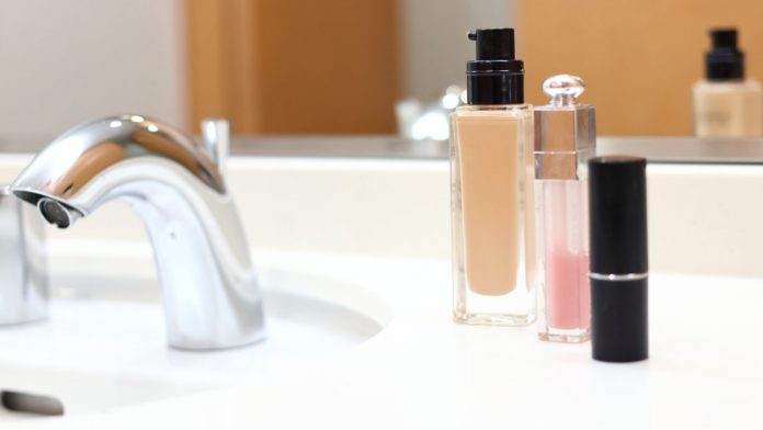 Špinavé umývadlo - ako ho vyčistiť