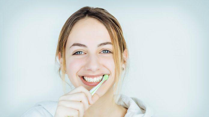 Trhanie pokazených zubov